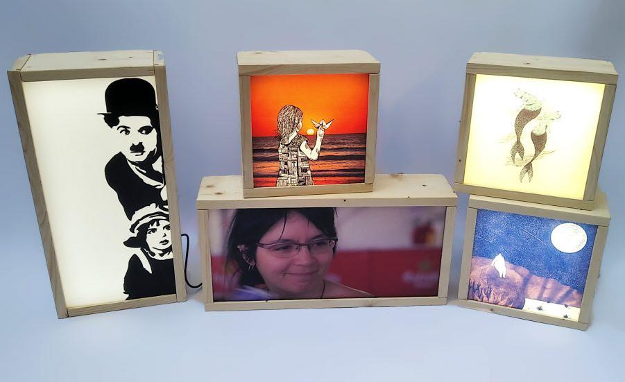 Cajas de luz personalizadas y con obras de arte